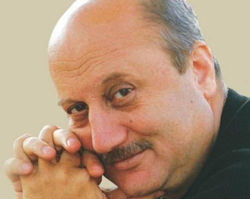 Anupam Kher to write his first book