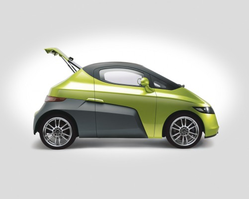 Mahindra to launch Electric Car Reva NXR in 2012