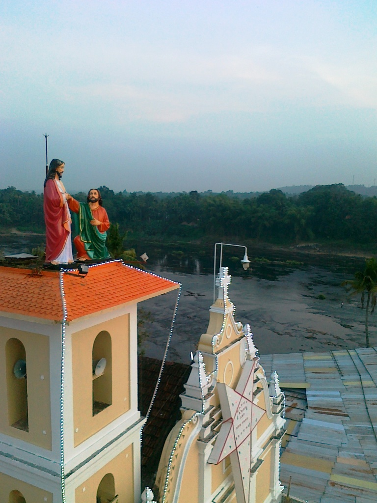 malayattoor-church-and-periyar-river