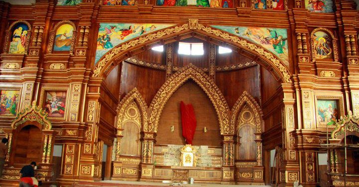 malayattoor-church-altar
